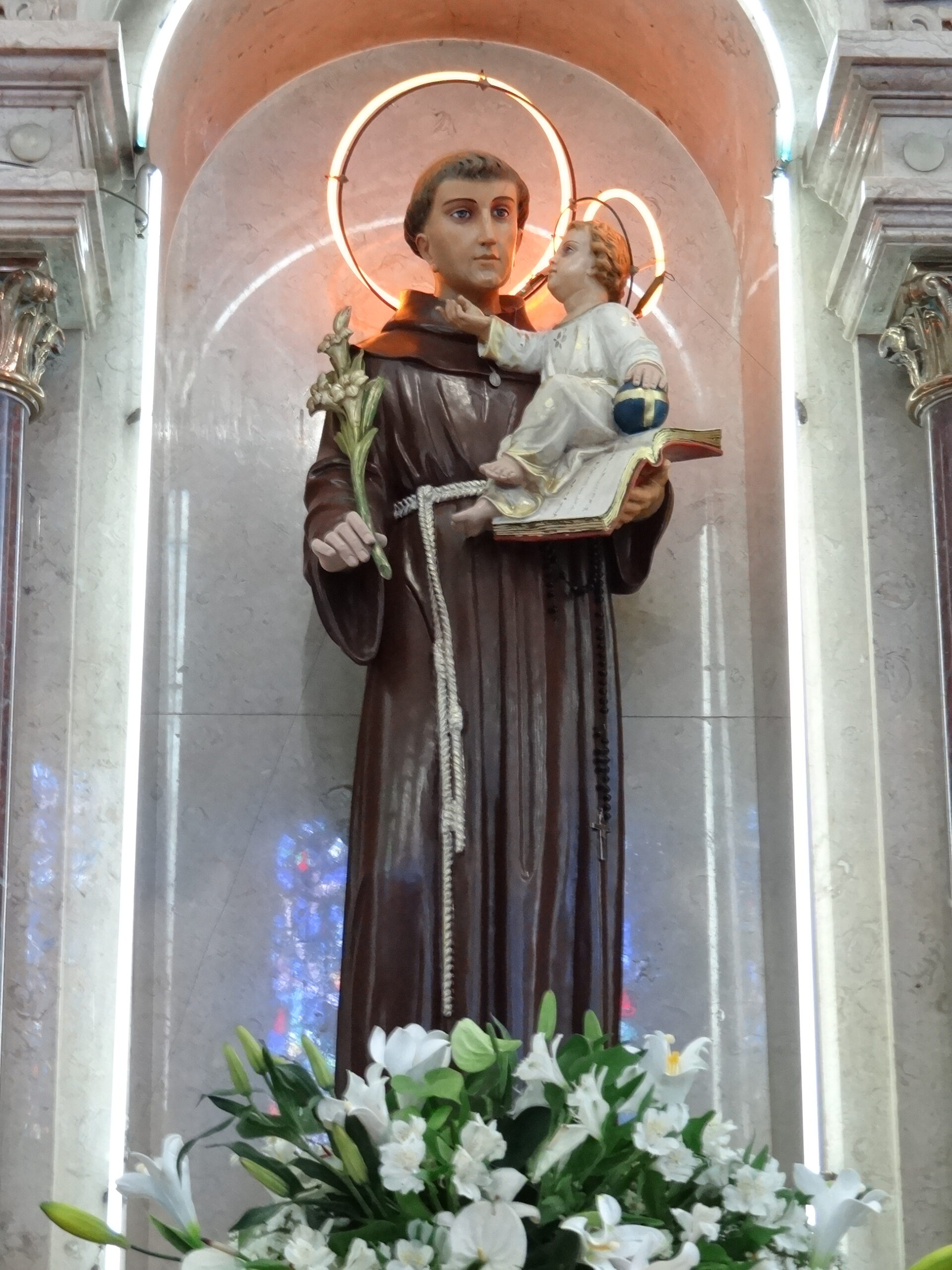 6 Santo Antonio